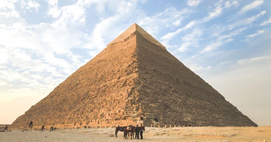 6 máy đánh bạc theo chủ đề Ai Cập đáng chơi nhất vào năm 2021