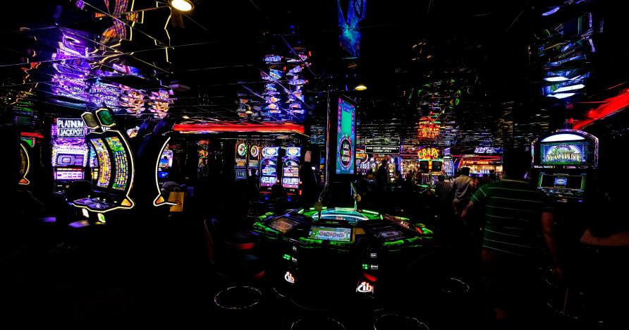 Chơi trò chơi đánh bạc trên thiết bị di động hay nhất năm 2020
