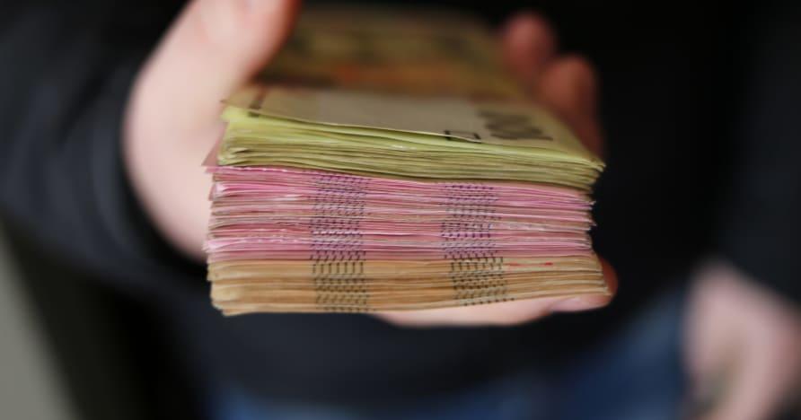 Tiền thưởng sòng bạc di động hoàn tiền   Làm thế nào nó hoạt động