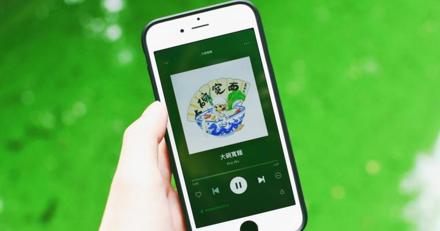 Sự trỗi dậy của trò chơi sòng bạc trên điện thoại di động iPhone